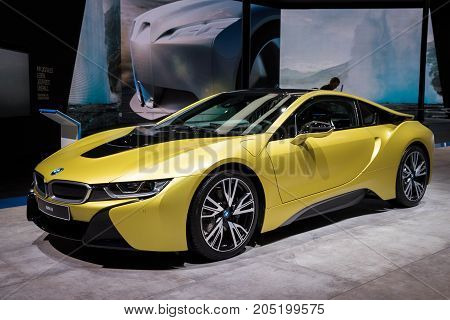 Bmw I8 Protonic Frozen Yellow Edition Showcased