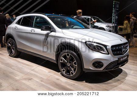 Mercedes Benz Gla 220 4Matic Car