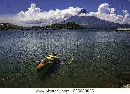 green fishing boat, Mayon Volcano, Legazpi City, Albay, Bicol, Philippines