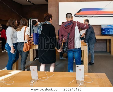 New Iphone 8 And Iphone 8 Plus In Apple Store With Apple Watch And Iphone 8