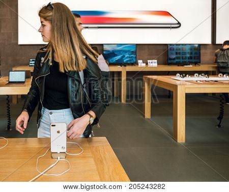 New Iphone 8 And Iphone 8 Plus In Apple Store With Iphone 8