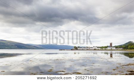 Inveraray is a municipality in the district of Argyll and Bute Scotland located on the west coast of Loch Fyne