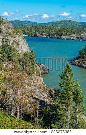 picture of the Rocky shore of Superior Lake Canada