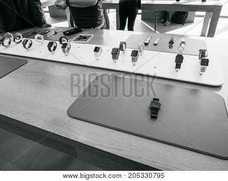 New Apple Watch Series 3 Presentation And Straps