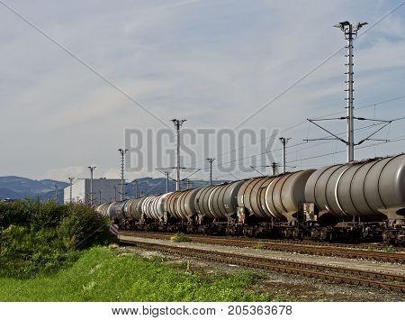 freight train - economy transport per train