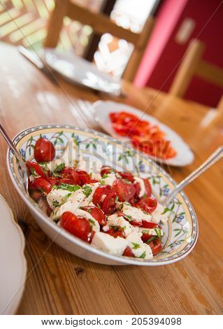 Tomato And Mozarella- Salad