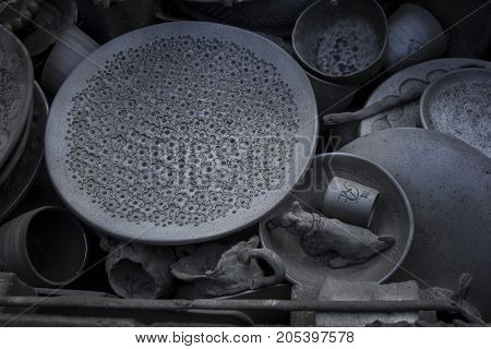 Black-fuming ceramics.The furnace for firing pottery after the firing process.