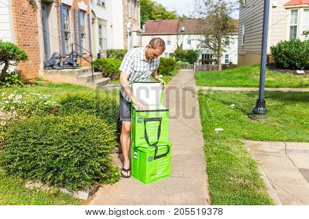Fairfax, Usa - September 12, 2017: Amazon Fresh Insulated Grocery Delivery Bags, Totes On Front Home