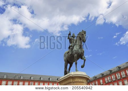 View Of Statue King Philips Iii On Plaza Mayor