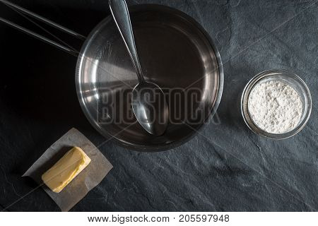 Ingredients for the base thickener Roux horizontal
