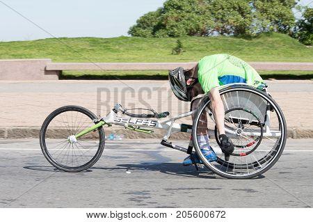 MONTEVIDEO, URUGUAY - SEPTEMBER 24, 2017: Disabled runner in the Global Energy race.