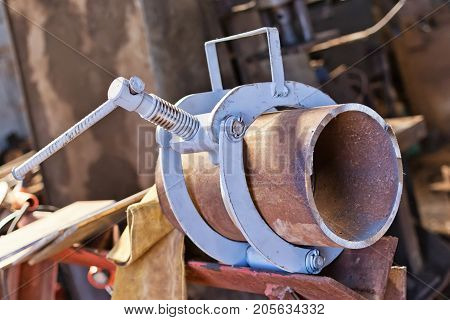 Docking Using The Centralizer And Metal Pipe