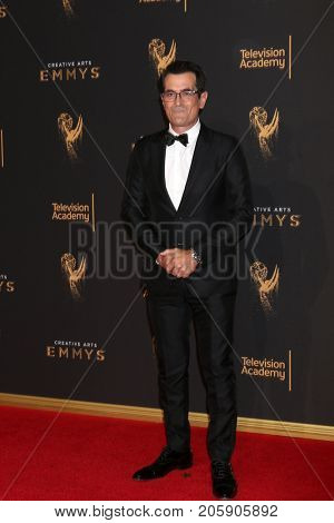LOS ANGELES - SEP 10:  Ty Burrell at the 2017 Creative Arts Emmy Awards - Arrivals at the Microsoft Theater on September 10, 2017 in Los Angeles, CA