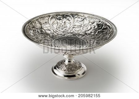 Round Bowl Embossed Stand With Central Foot Sheffield