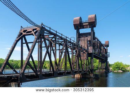 Bnsf Railroad Saint Croix River Crossing Bridge