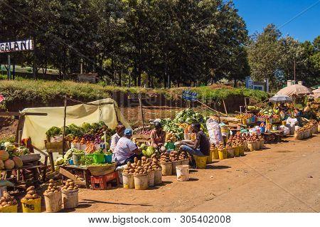 Kenya, Samburu- 01 January 2019:several Fruit And Vegetable Stalls On The Road To Samburu National P