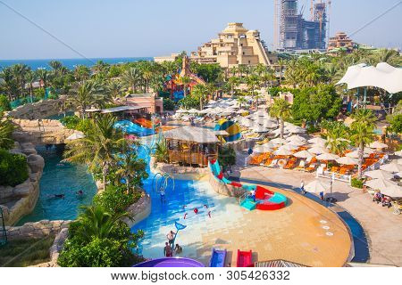 Dubai, Uae, United Arab Emirates - 29 May, 2019:  View Of Aquaventure Water Park, Neptune Tower And