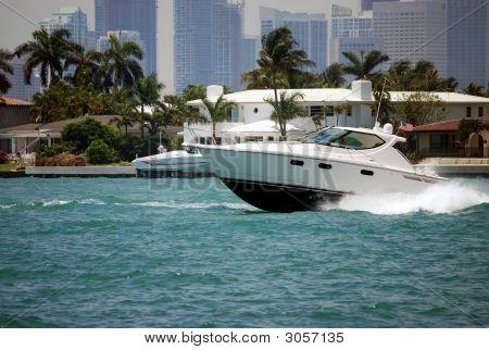 White Luxury Boat On The Intercoastal