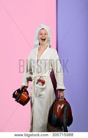 Housework&housekeeping. Woman Housewife In Domestic Role. Positive Housewife. Housekeeper Woman. Mul