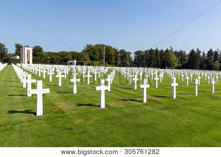 Hamm Near Luxembourg City, Luxembourg - August 22, 2018: American Ww2 Cemetery With Memorial Monumen