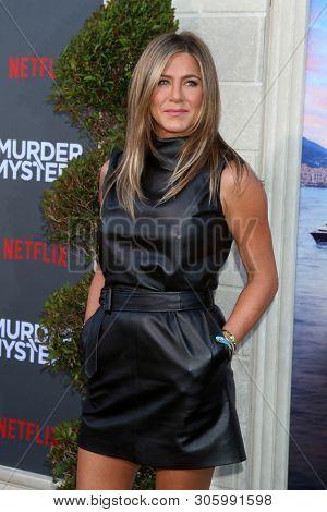 LOS ANGELES - JUN 10:  Jennifer Aniston at the