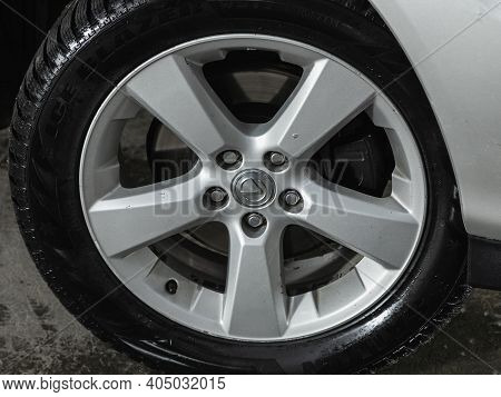 Novosibirsk, Russia - January 14 2021:  Lexus Rx, Close-up Of The Alloy Wheel. Photography Of A Mode
