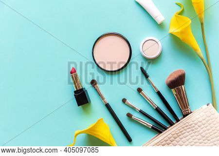 Makeup Cosmetics Tools And Beauty Cosmetics Gift, Products And Facial Cosmetics Package Lipstick Wit