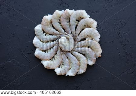 Fresh Vannamei Shrimps Without Head For Meal Preparation. Raw Uncooked Asian Tiger Prawns. Pacific W