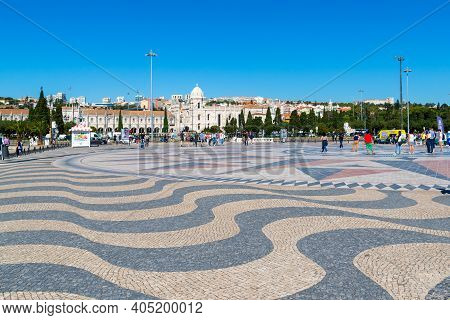 Portugal, Lisbon, October 08, 2018: Tagus River Embankment. The Embankment Is Paved With A Marble Mo