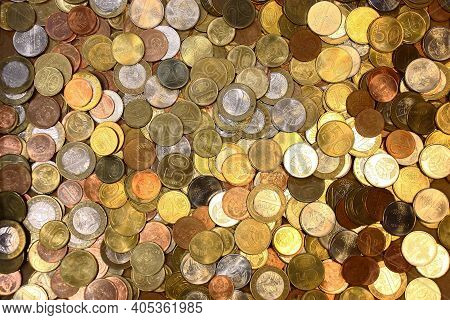 A Large Number Of Modern Coins Of Belarus Are Chaotically Located And Create A Uniform Background.