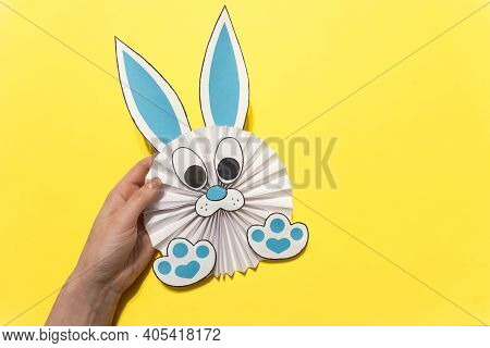 How To Make A Paper Rabbit For Easter Greetings. Diy Children's Art Project. Diy Concept. Step 12. E