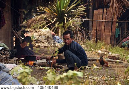 Chiang Mai, Thailand - March 1, 2013: People Living In Poor Village. View Of Lifestyle Of Ethnic Peo