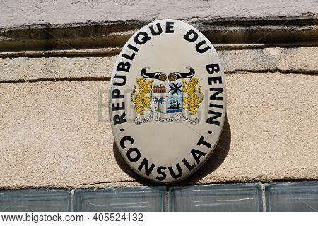 Bordeaux , Aquitaine  France - 01 24 2021 : Consulat De La Republique Du Benin Text On Building Faca
