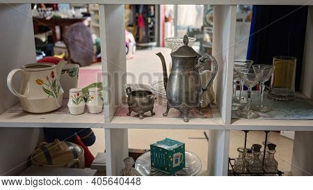 Mackay, Queensland, Australia - January 2021: Household Crockery For Sale At The Local Tip Shop