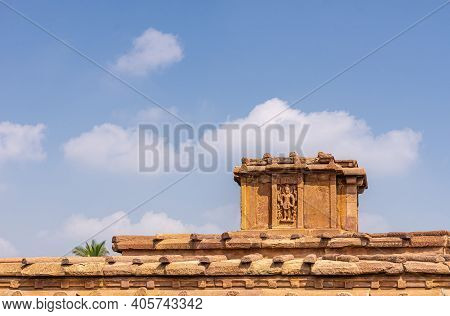 Aihole, Karnataka, India - November 7, 2013: Lad Khan Or Chalukya Shiva Temple. Top Statue Of Shiva
