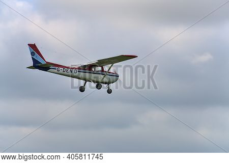 Co. Wicklow, Ireland - September 20, 2020: Aircraft G-den D Landing In Newcastle Aerodrome, Leamore
