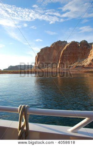 Boat Lake Powell