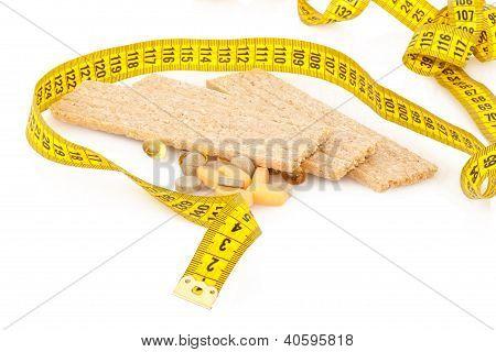 Centimeter, crispbread and tablets