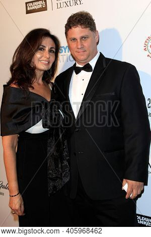 BEVERLY HILLS - NOV 11: Guests at AMT's 2017 D.R.E.A.M. Gala benefiting Autism Works Now at Montage Beverly Hills on November 11, 2017 in Beverly Hills, California