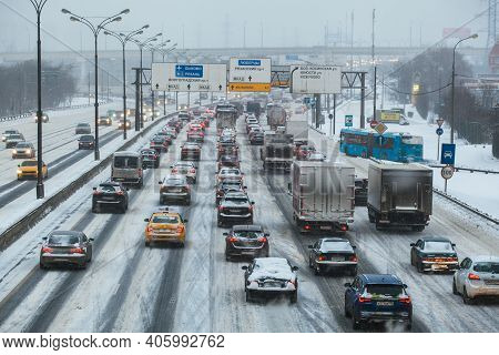 Moscow, Russia - January 16 2021: Traffic Jam On The Moscow Ring Road. In Opposite Direction The Roa