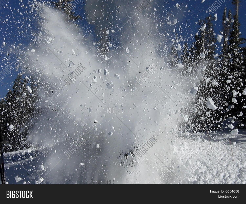 Картинки снежный взрыв