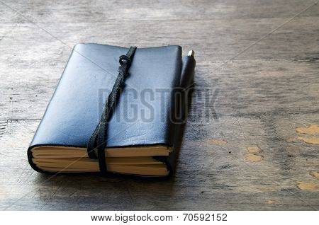 Leather Bound Journal Outdoors