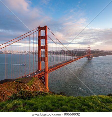Golden Gate Bridge Sunset Scene