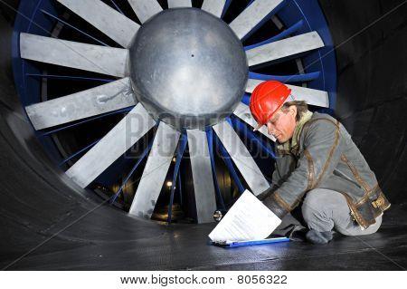 Windtunnel Engineer