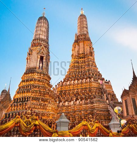 Wat Arun Temple in Bangkok, Thailand, south east Asia. poster