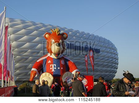 MUNICH, GERMANY - SEPTEMBER 23 2014: During the Bundesliga match between Bayern Muenchen and FC Paderborn, in the Allianz Arena, Munich, Germany.