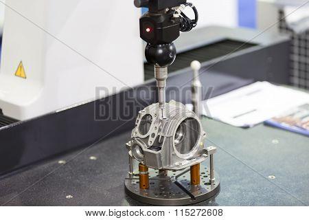 Inspection Automotive Head Cylinder Dimension