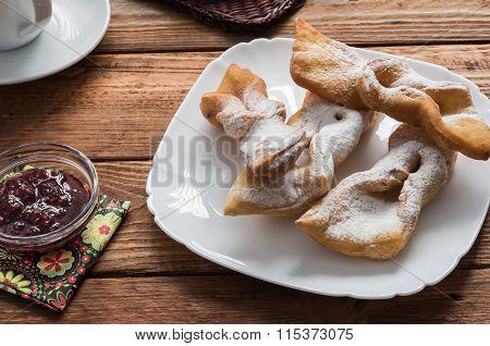 The Crispy Twiglets