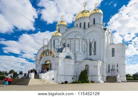 Holy Trinity Seraphim-diveevo Monastery In Village Of Diveevo, Russia