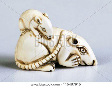 Antique Japanese Ivory Netsuke.